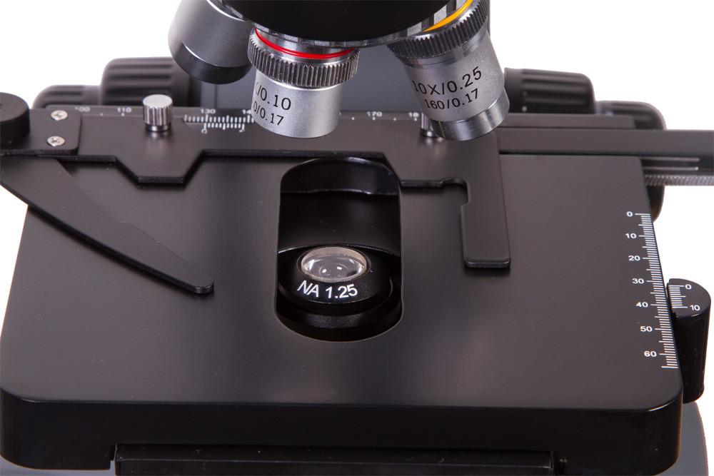 Mikroskop Levenhuk D740 T digitálny